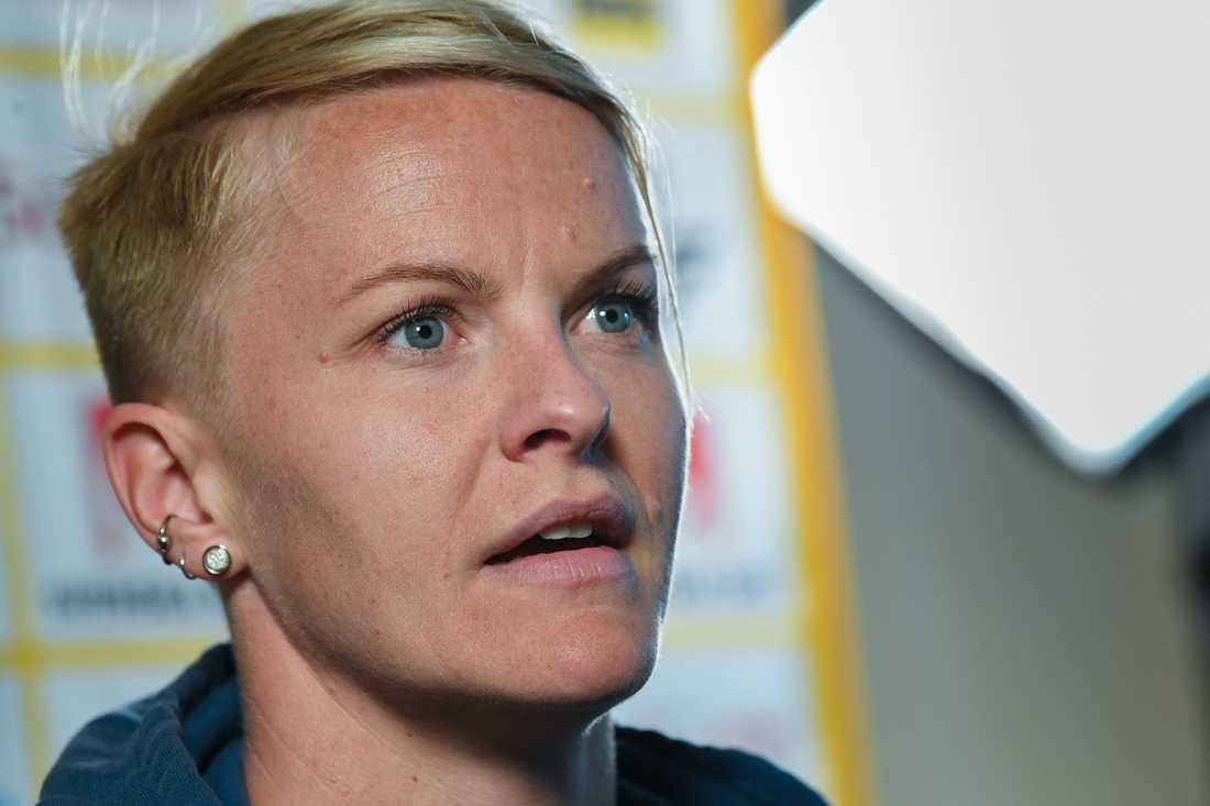 """""""Det är kvinnor som spelar fotboll och det är vi som bär barnen"""", säger landslagsbacken Nilla Fischer om kravet på bättre villkor för gravida fotbollsspelare. Arkivbild."""