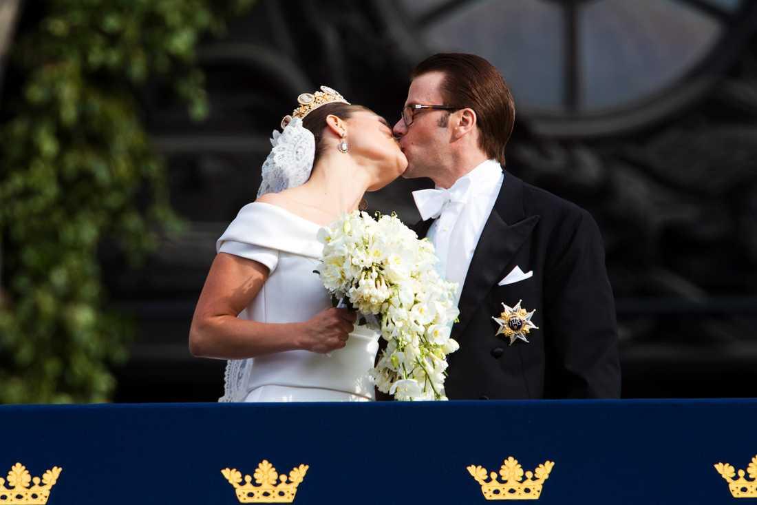 Victoria och Daniels bröllop var en av de största händelserna det nyhetsintensiva året 2010. Dagen innan vigseln, fredagen den 18 juni, kokade sajten av bildspel, tv-klipp, chattar och massor av artiklar. Och läsarna slukade allt. Innan dagen var slut hade totalt 18,5 miljoner sidor visats.
