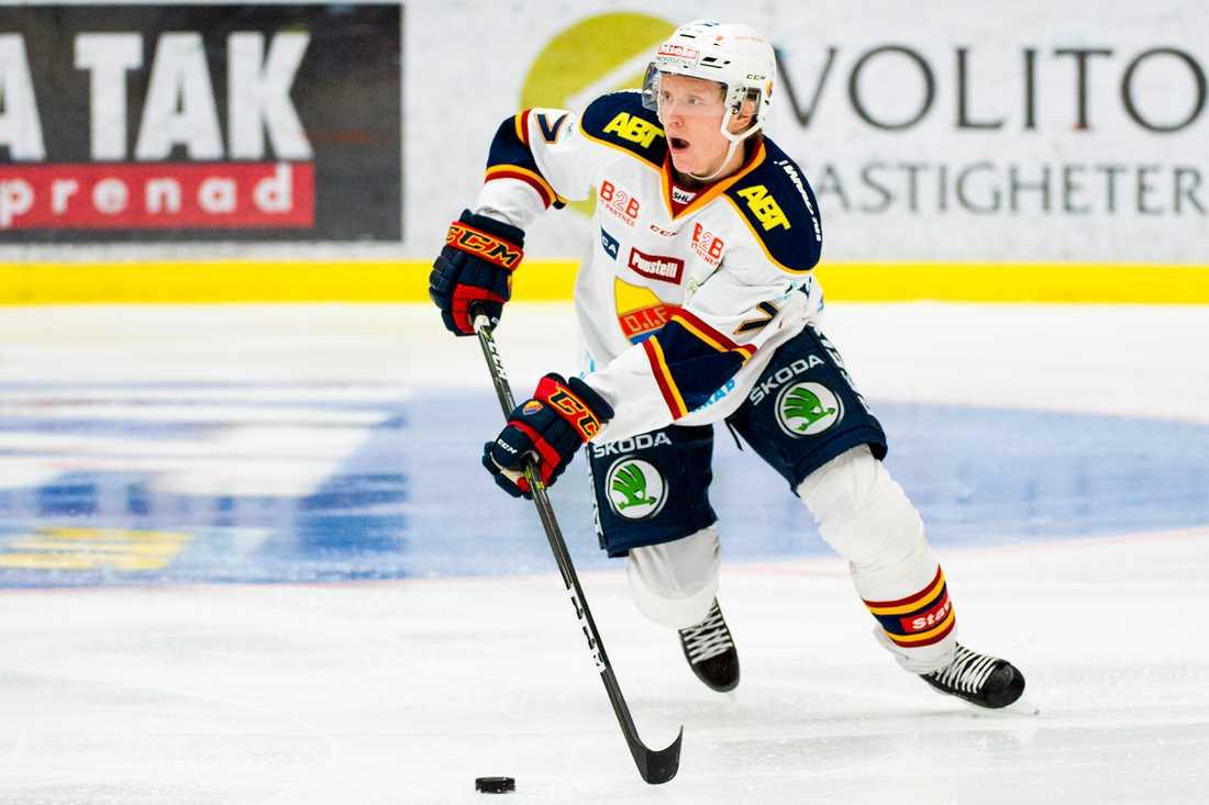 Emil Johansson återvänder till SHL efter två säsonger i Nordamerika. Här i Djurgården 2017.