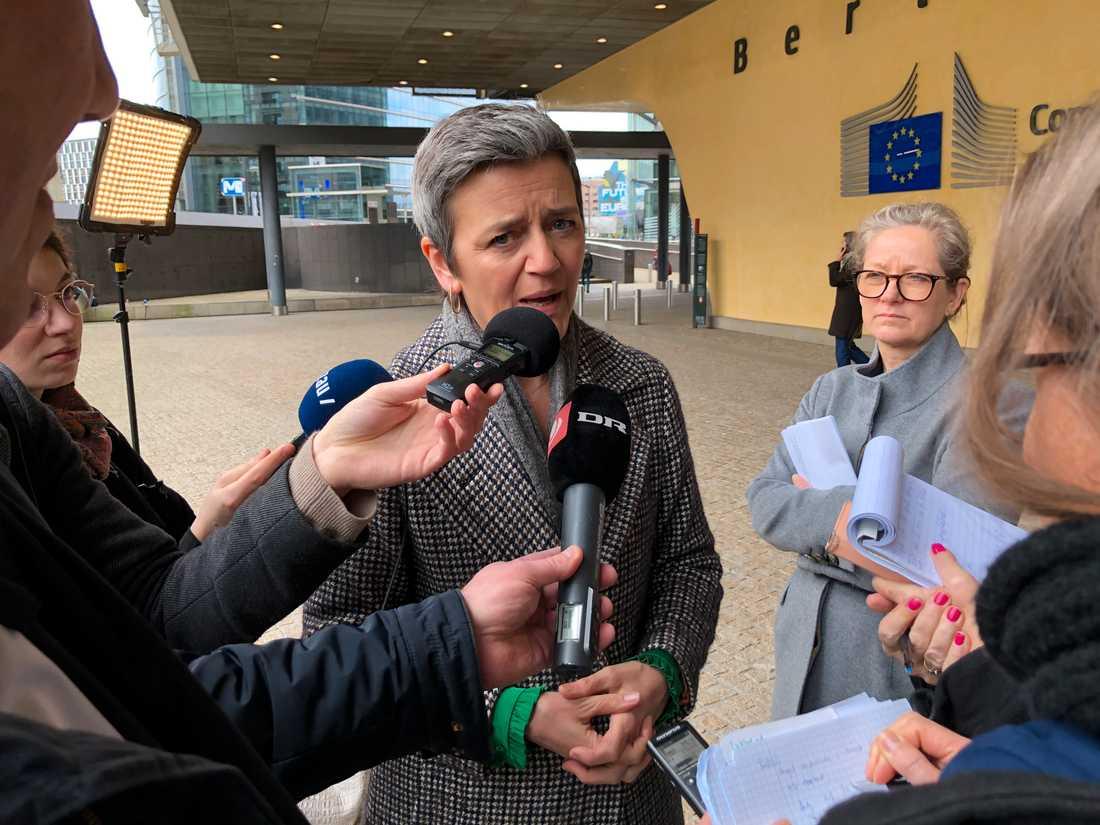 Självklart måste vi vara så flexibla vi kan, säger EU:s konkurrenskommissionär Margrethe Vestager till nordiska journalister i Bryssel.