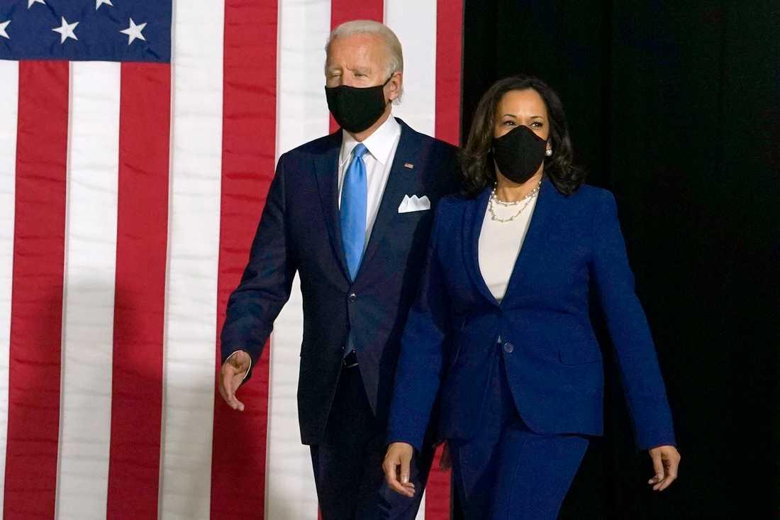Joe Biden och Kamala Harris i munskydd