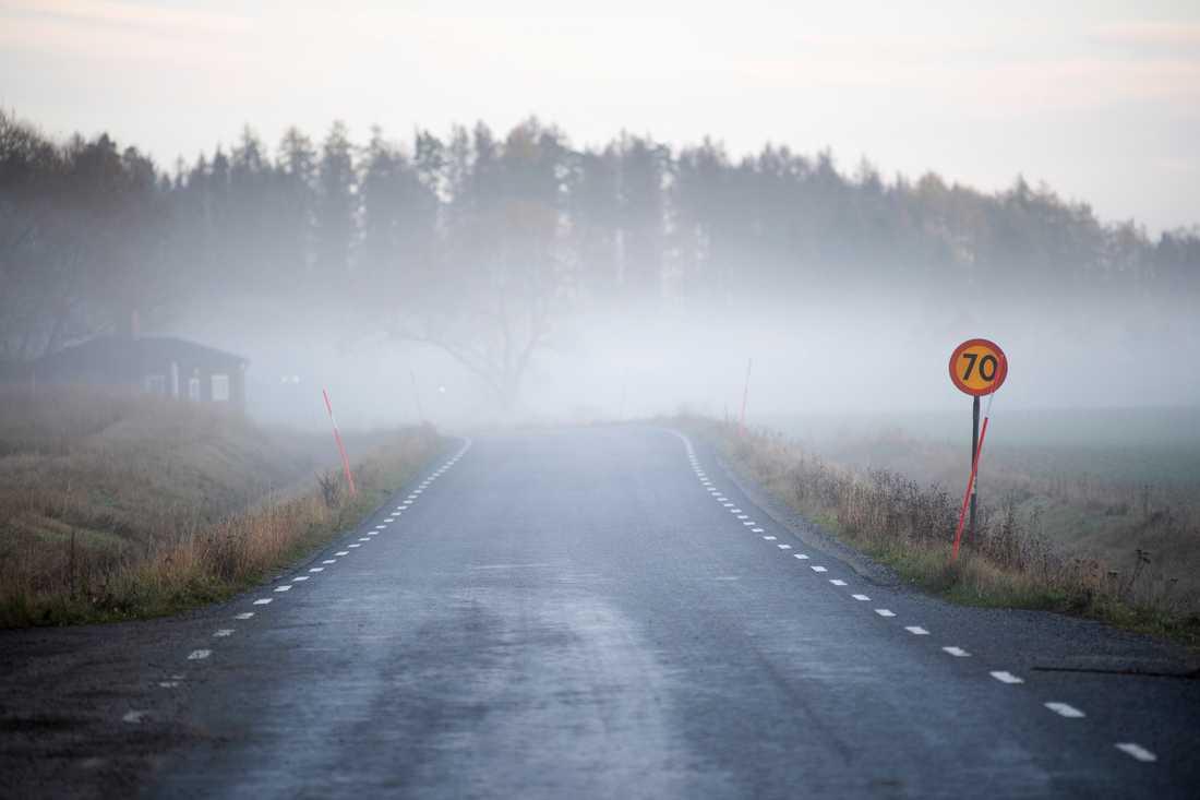 Landsbygdsbor är beroende av sina bilar - hur blir det när de inte har någonstans att tanka i sitt närområde?