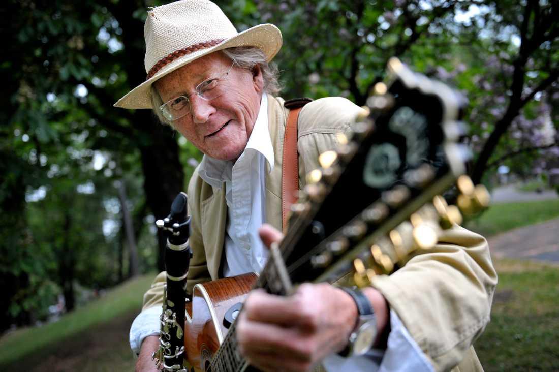 Gösta Linderholm blev 79 år