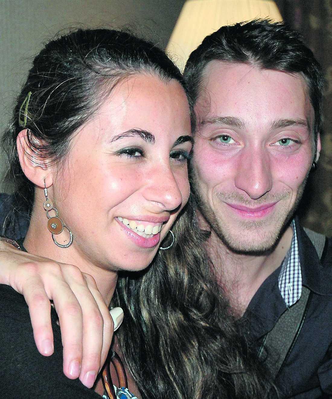 Oväntad omväg Serena Tavoloni och Valerio Torresi skulle till Sydney och hamnade rätt – fast fel.