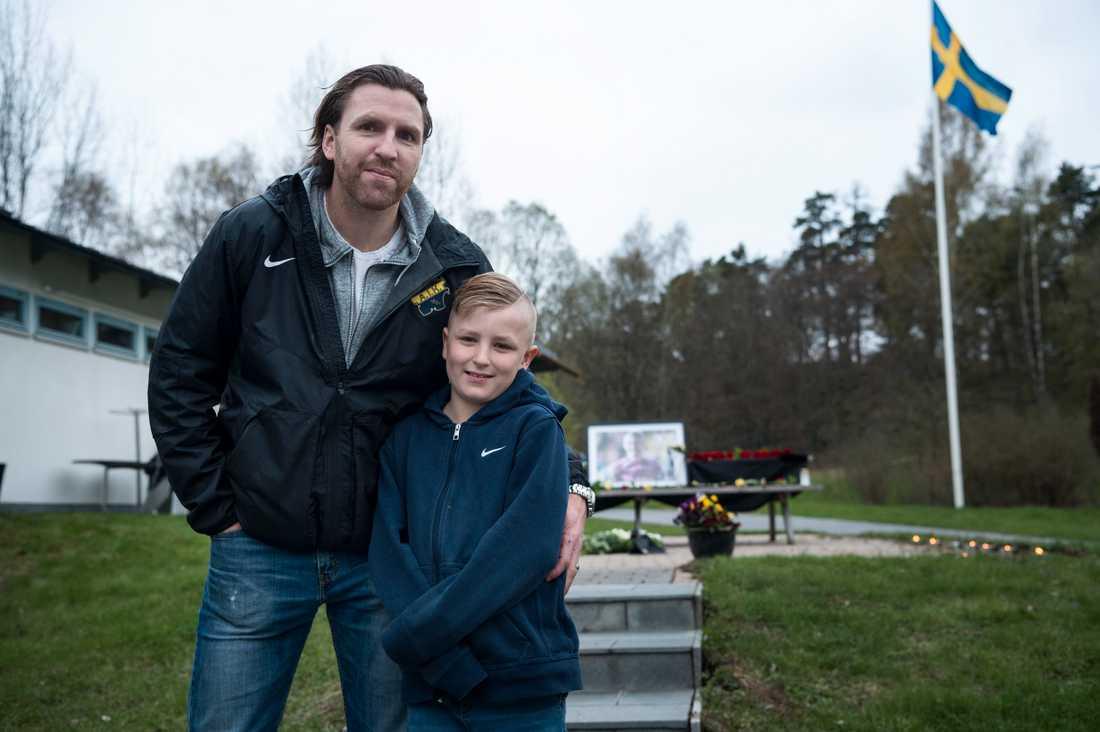 Nils-Eric Johansson med sin nioårige son Lucas
