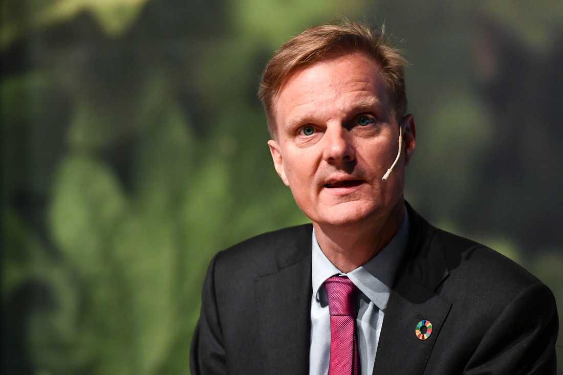 Swedbank, med vd Jens Henriksson, redovisar resultatet för årets tredje kvartal. Arkivbild