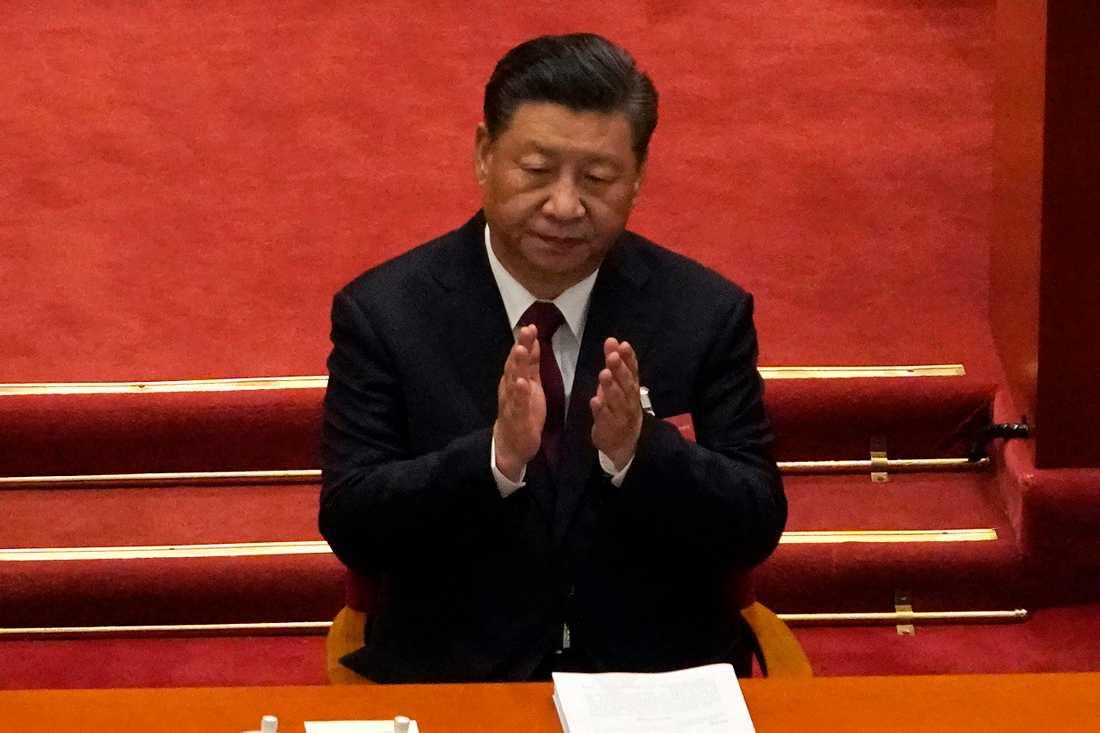 Xi Jinping under folkkongressens första dag.
