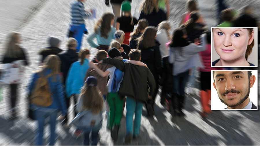 Marknadsanpassningen har öppnat för möjligheten att suga ut skolsystemet på pengar. Den svenska skolan är sjuk, och marknadsanpassningen är viruset, skriver Clara Lindblom och Daniel Riazat.