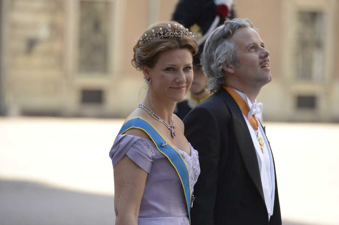 Prinsessan Märtha Louise av Norge tillsammans med sin make A.ri Behn