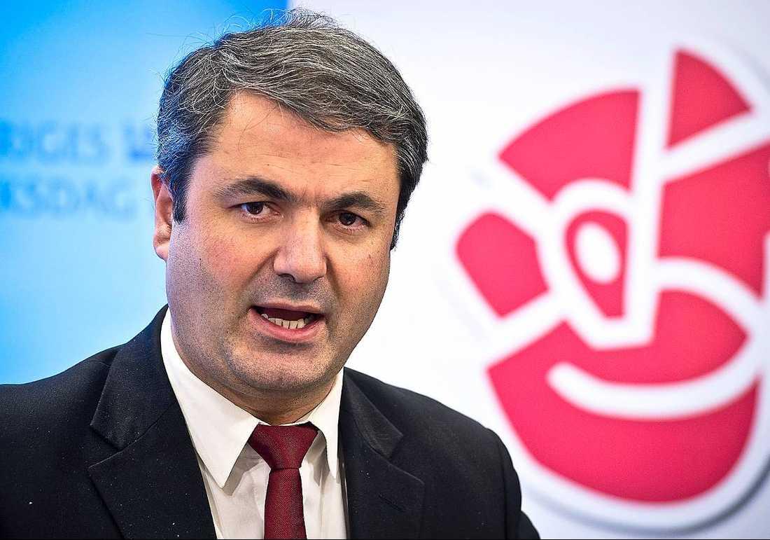 Ibrahim Baylan (S).