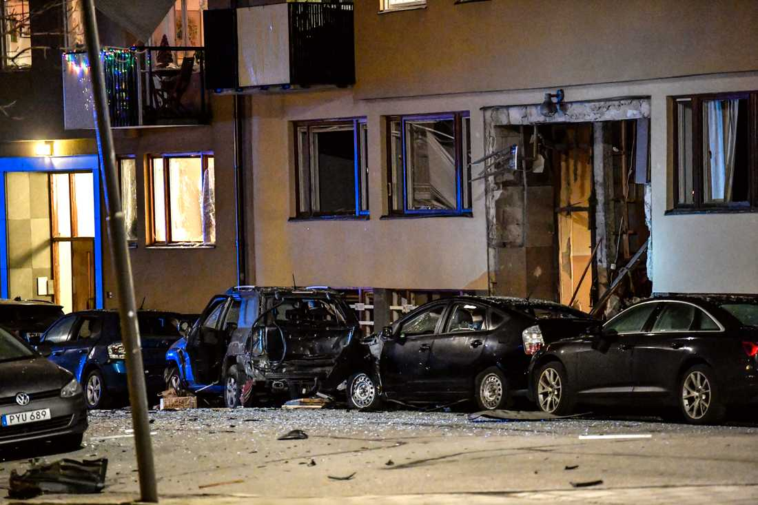 Explosionen i ett flerfamiljshus på Östermalm i Stockholm i förra veckan orsakade stora skador.