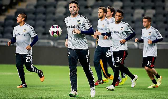 Robbie Keane och LA Galaxy är i Stockholm för att möta Bajen.