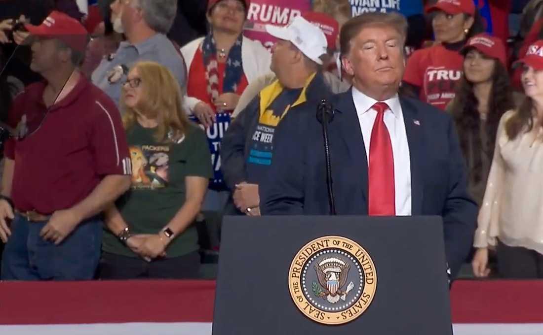 """""""Var kommer dessa människor ifrån?"""" sa Trump när demonstranterna fördes ut."""