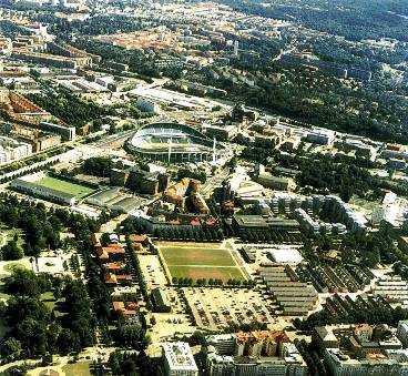 Hit, till Heden i Göteborg, vill Svenska bandyförbundet flytta bandyfinalen nästa år. Bilden är tagen under friidrotts-VM 1995, då delar av Heden var bebyggt med bostäder för de aktiva.