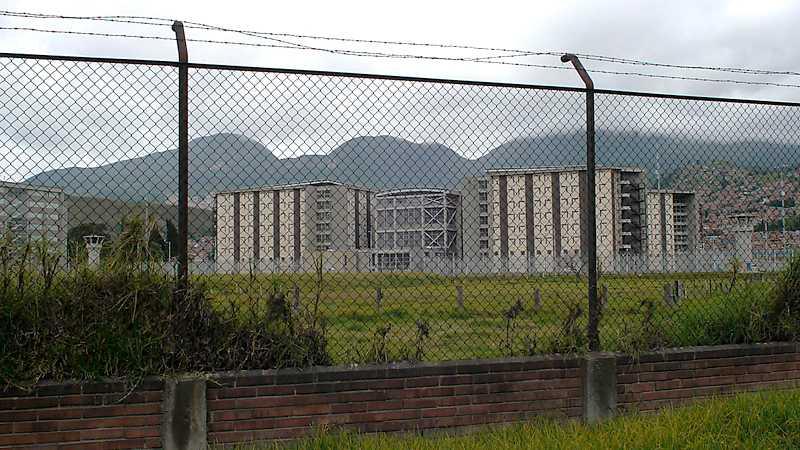 Högsäkerhetsfängelset La Picota utanför Bogotá. Foto: Tigran Feiler
