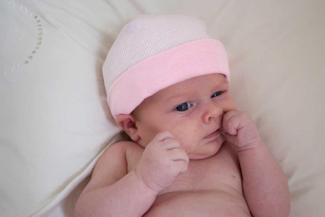 Baby-Face En nyfödd liten flicka, dock inte just den på bilden, har fått namnet Facebook, som en hyllning till revolutionen.