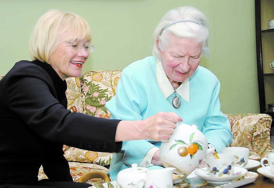 P D James var på ett strålade humör när hon träffade Aftonbladets Ingalill Mosander för en kopp te.