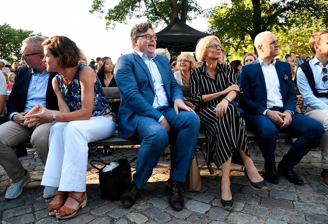 Anna Kinberg Batra, Gunnar Strömmer, Elisabeth Svantesson och Fredrik Reinfeldt bänkade för partiledarens tal.