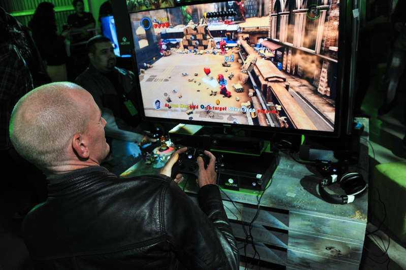SABOTAGE En anonym hackergrupp har tagit på sig ansvaret för attacken som gjorde att Xbox Live och Playstation Network låg nere under juldagen.