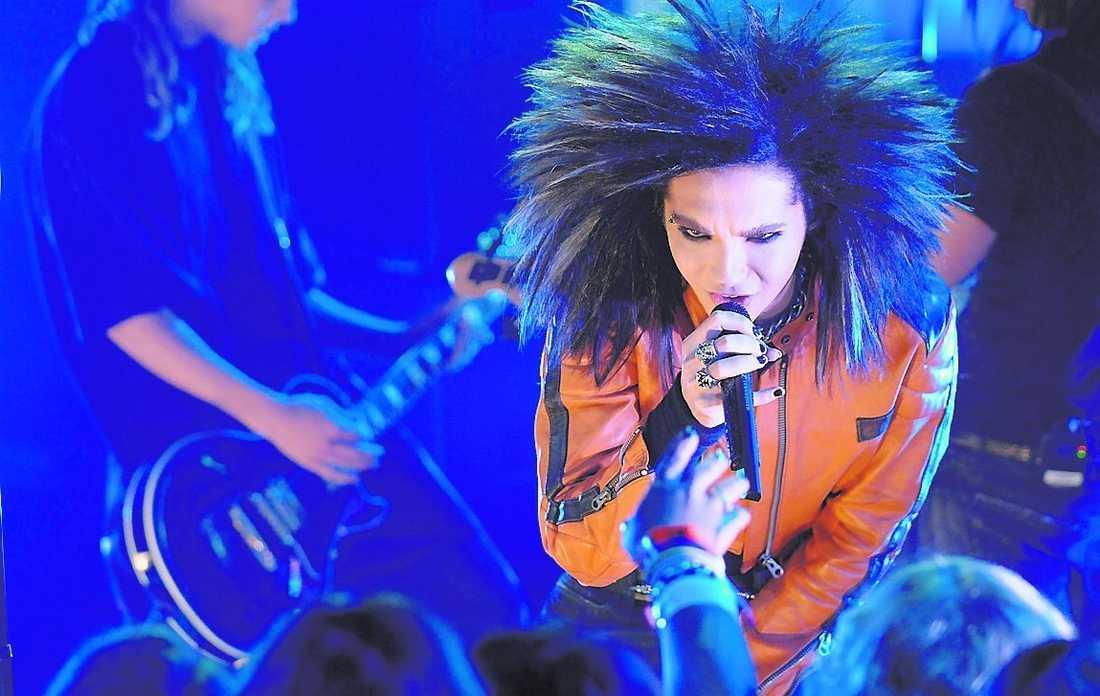 """Tokio Hotel förföljs av stalkers. Nu planerar bandets fans en stödaktion – på Itunes. """"Tanken är att göra dem etta på Itunes"""", säger Madeleine Engberg från Tokio Hotels svenska street team."""