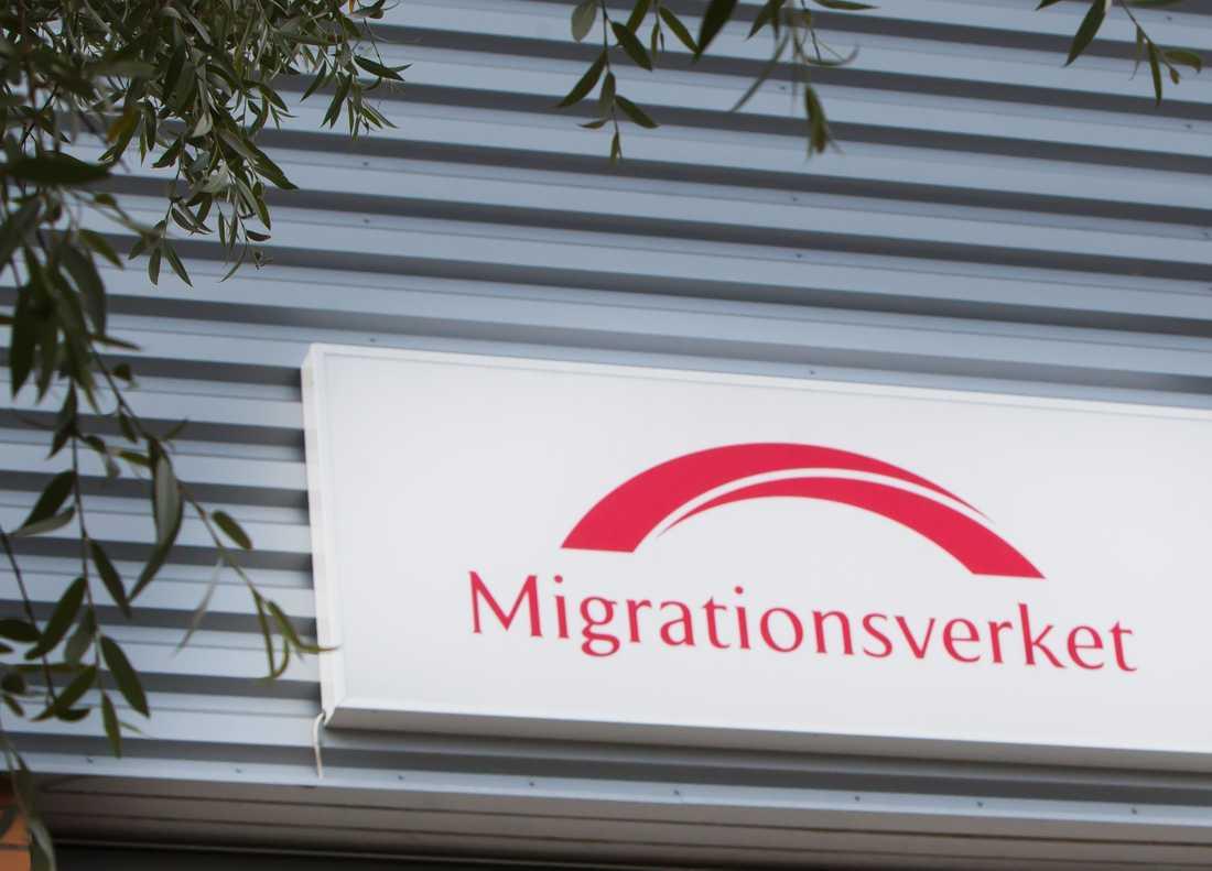 Pierre Karatzian från Migrationsverket berättar att de inte har någon kännedom om Mohameds halsfluss.