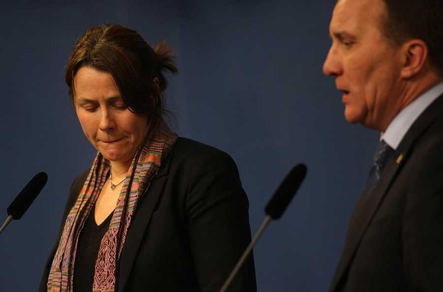 Åsa Romson och Stefan Löfven under dagens presskonferens.
