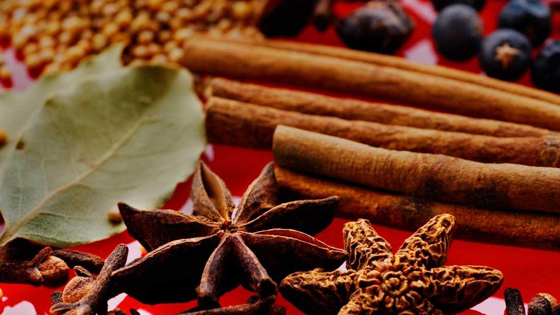 Svensk jul har smak av kryddor som kanel, stjärnanis och kryddnejlika. Arkivbild.