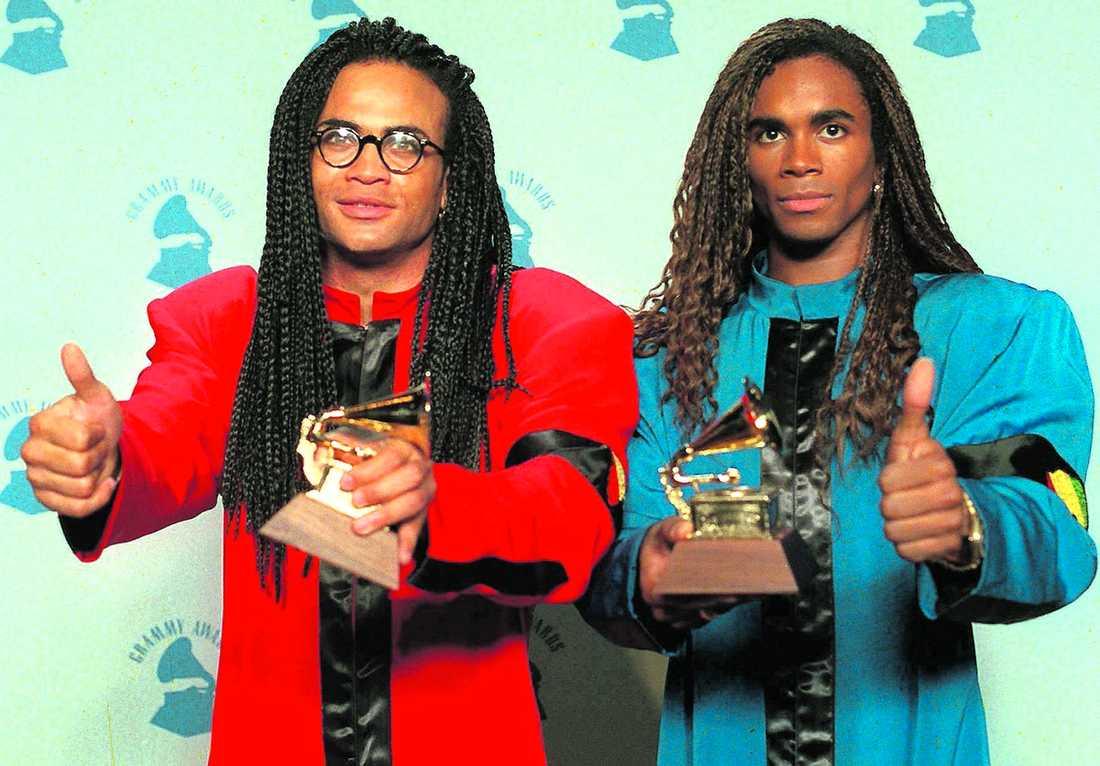 5f69beafd62b Rob Pilatus och Fab Morvan fick varsin Grammy för Bästa nya artist 1989.  När det