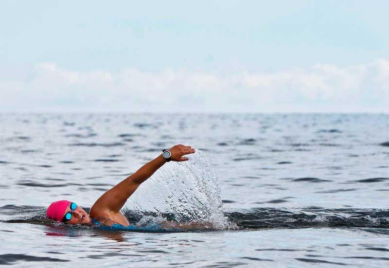 """13 AUGUSTI, SKOTTLAND Supersimmerskan Anna Carin Nordin är den enda kvinnan i världen som simmat över de sju haven """"The Seven Oceans"""". I juli går hon i mål efter att ha tagit sig igenom den irländska kanalen från Skottland till Irland. En sträcka på 33,7 kilometer."""