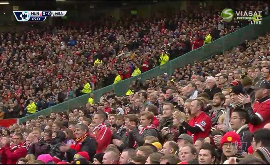 Old Trafford gav Ferdinand en stående ovation i Manchester Uniteds match mot West Bromwich.