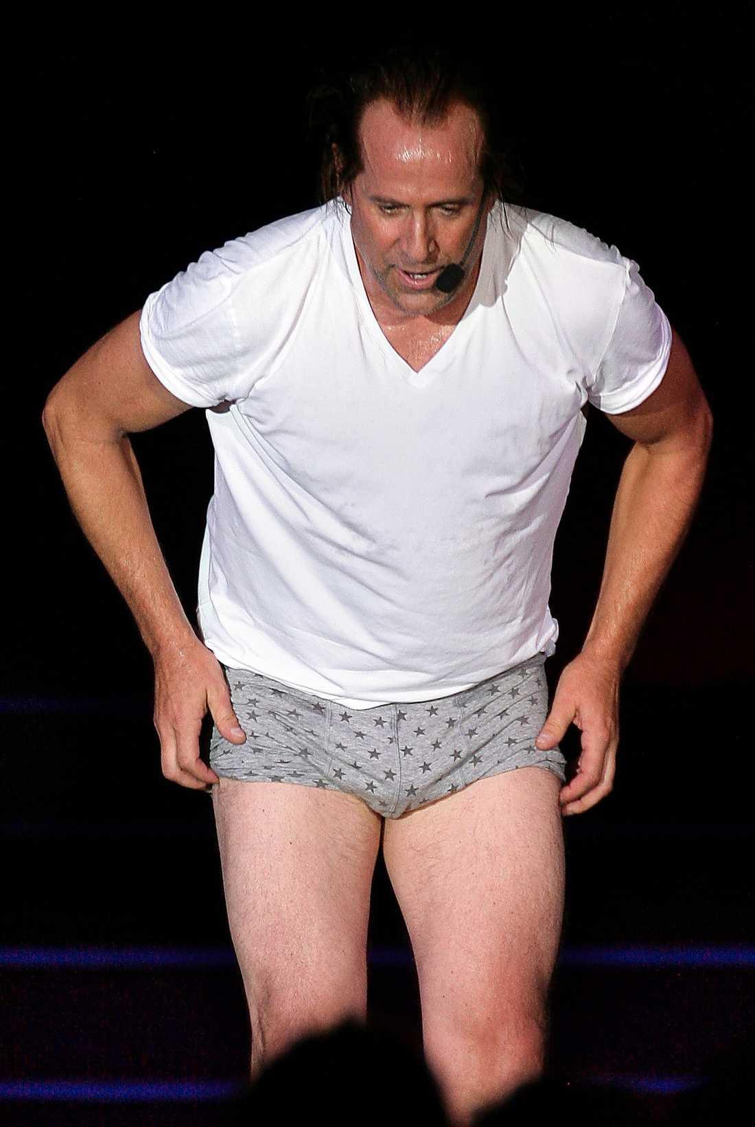 """Peter Stormare bjöd på stripshow när han var med i """"Ladies night"""" 2008."""
