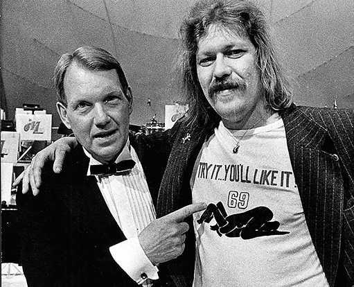 1980 Kenta i 69:an-tröja med Bengt Bedrup på Melodifestivalen.