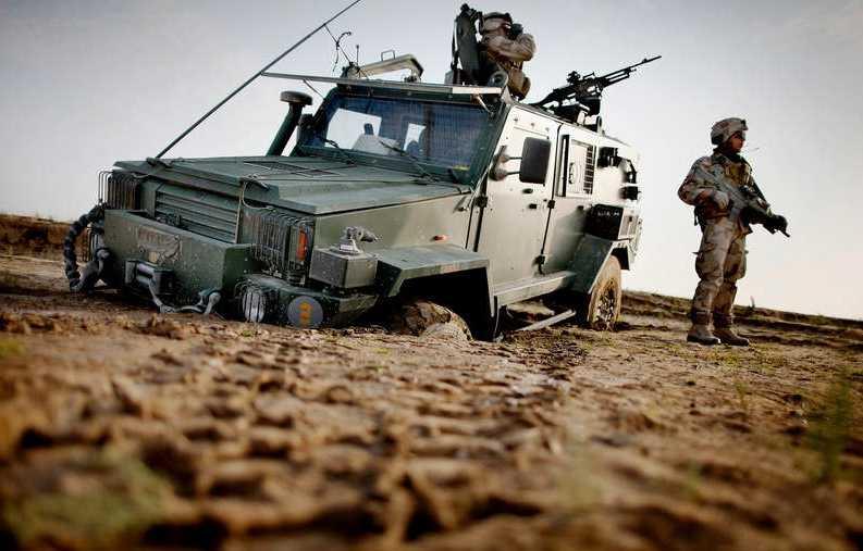 """Om Sverige ingår ett"""" värdskapsavtal"""" med Nato kan USA förvara vapen och bomber på svensk mark.  Foto Magnus Wennman"""