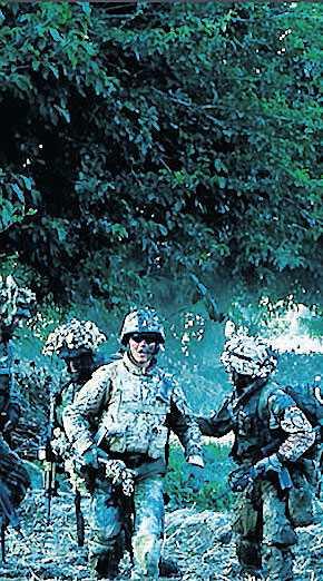 Upprörande titt på soldater i Afghanistan. Foto: FOLKETS BIO