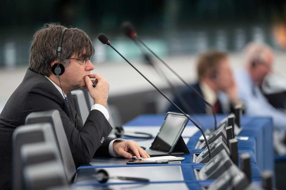 Kataloniens förre regionale president Carles Puigdemont på plats i EU-parlamentet. Arkivfoto.