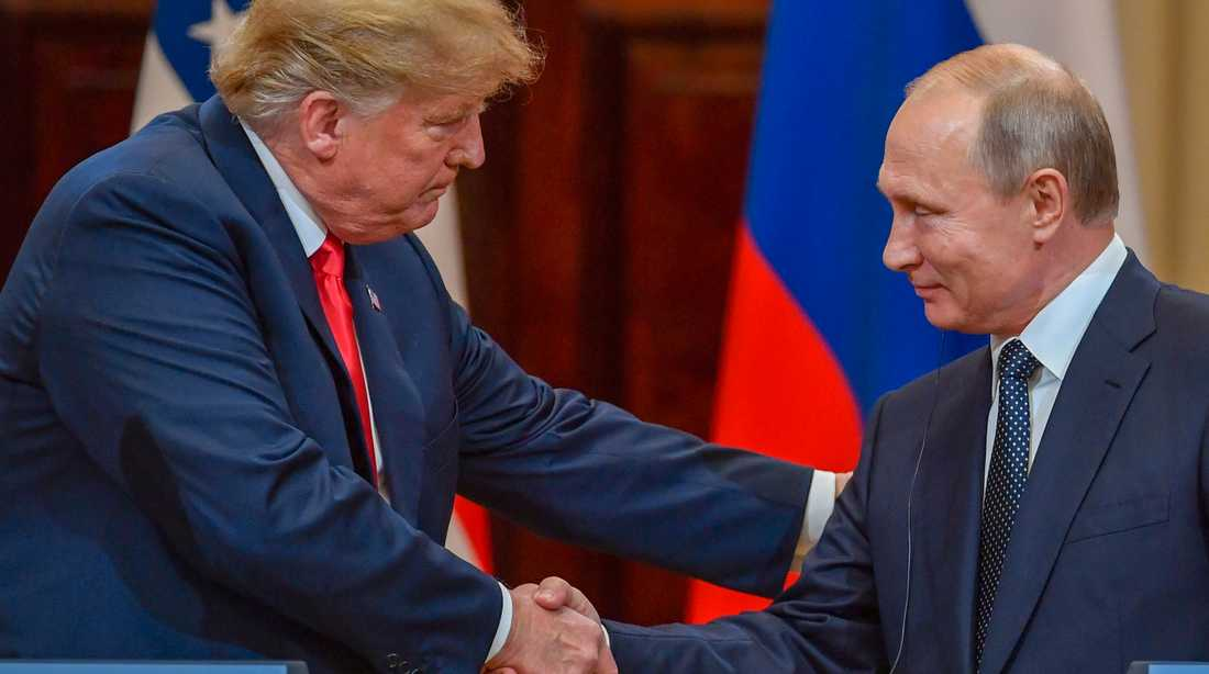 Donald Trump och Vladimir Putin efter gårdagens möte i Helsingfors.