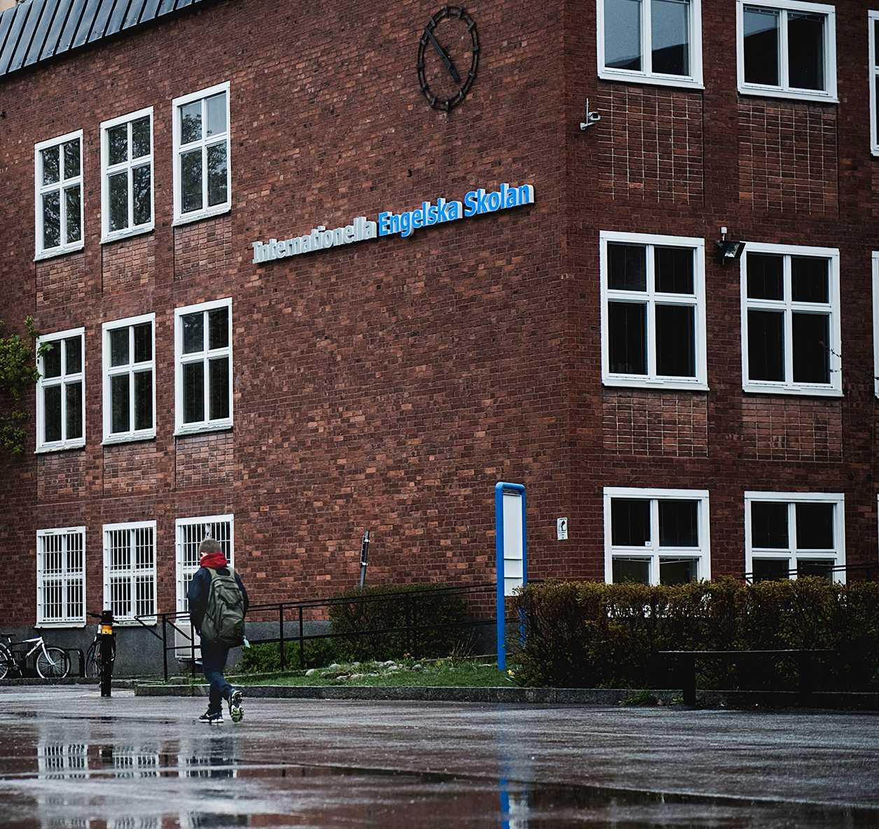 Internationella engelska skolan är en av Sveriges största friskolekoncerner. Idag finns det 39 skolor runt om i Sverige.