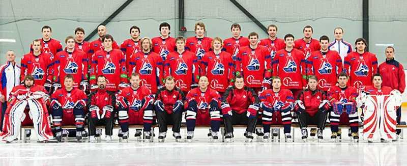 Hockeylagets flygplan kraschade Det ryska hockeylaget Lokomotivs flygplan kraschade strax efter starten från flygplatsen Jaroslavl. Det är oklart vilka av spelarna som fanns ombord.
