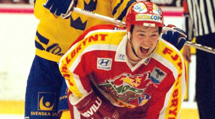 Anders Eriksson i Modo-tröjan.