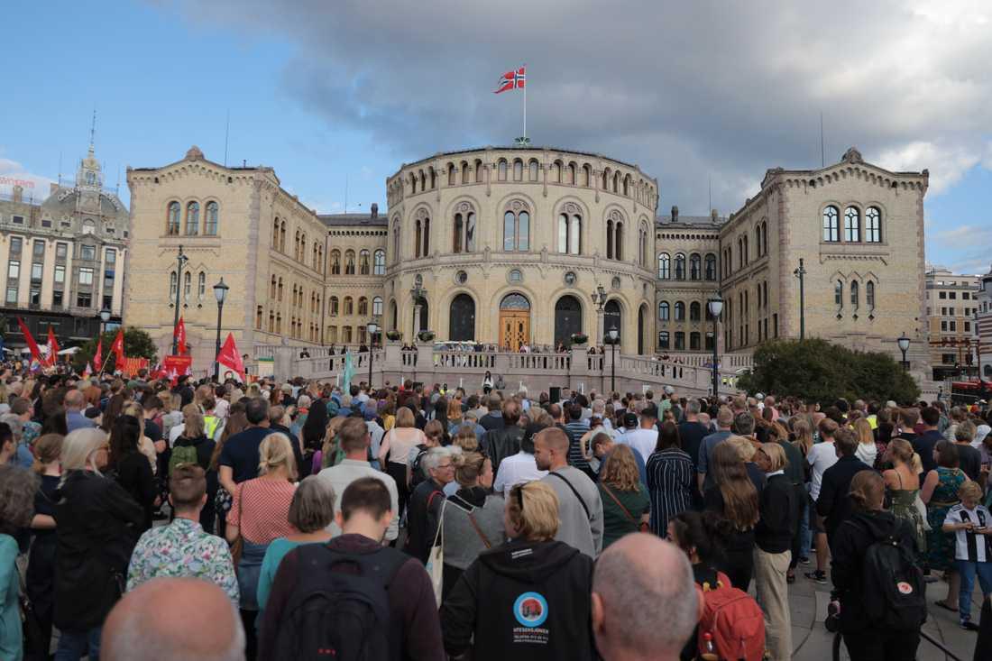 En manifestation mot muslimhat hölls på onsdagskvällen i centrala Oslo.