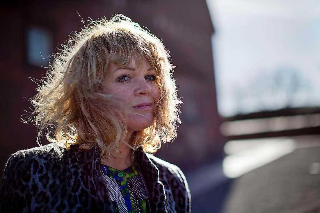 """SVT-profilen Belinda Olsson är också upprörd. """"Det är en orolig stämning"""", säger hon."""