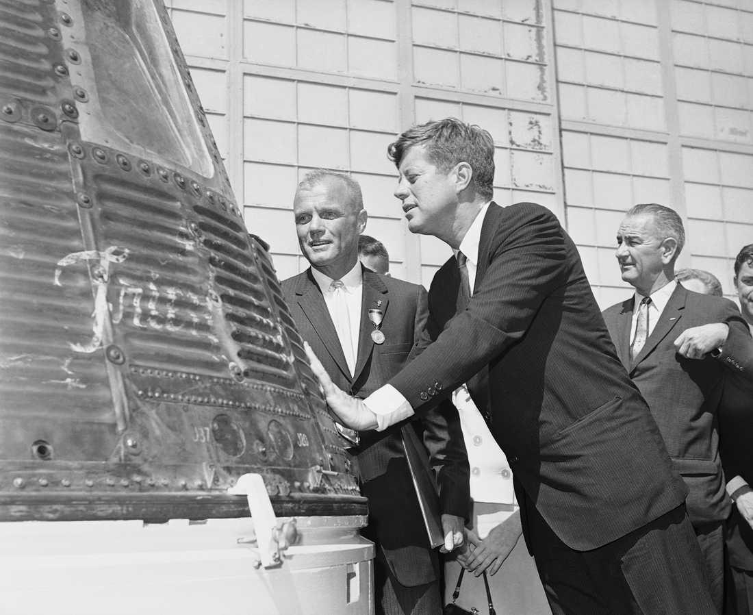 John Glenn med president John F Kennedy 1962.