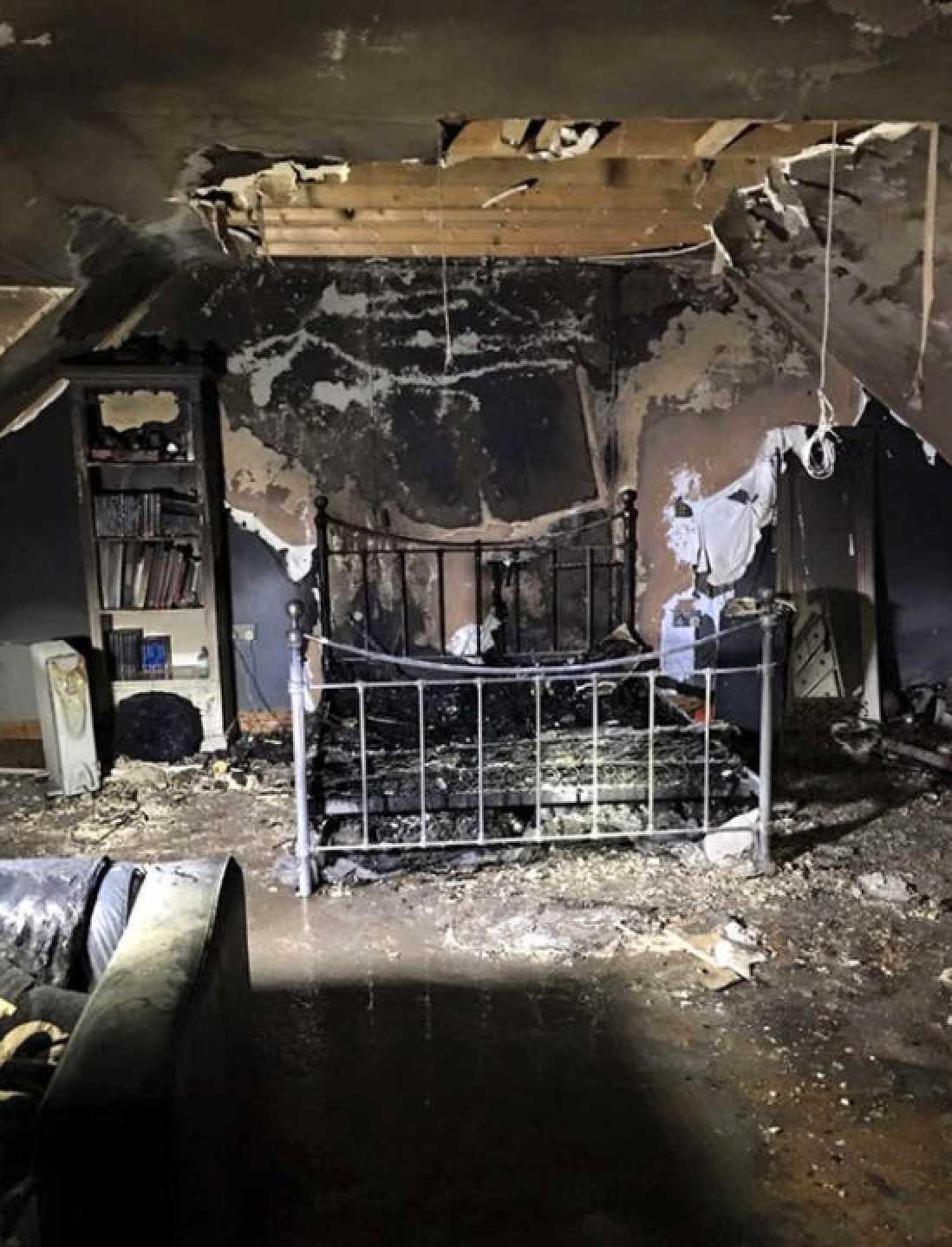 Nedbrända rummet.