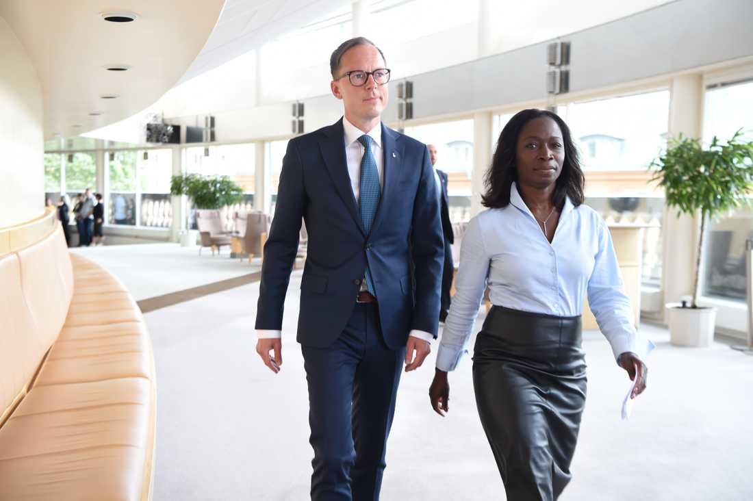 Liberalernas ekonomiskpolitiske talesperson Mats Persson och partiledare Nyamko Sabuni.