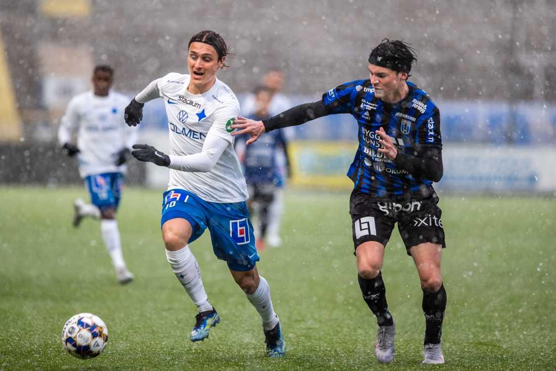 Det var riktigt snöoväder under matchen mellan Norrköping och Sirius.