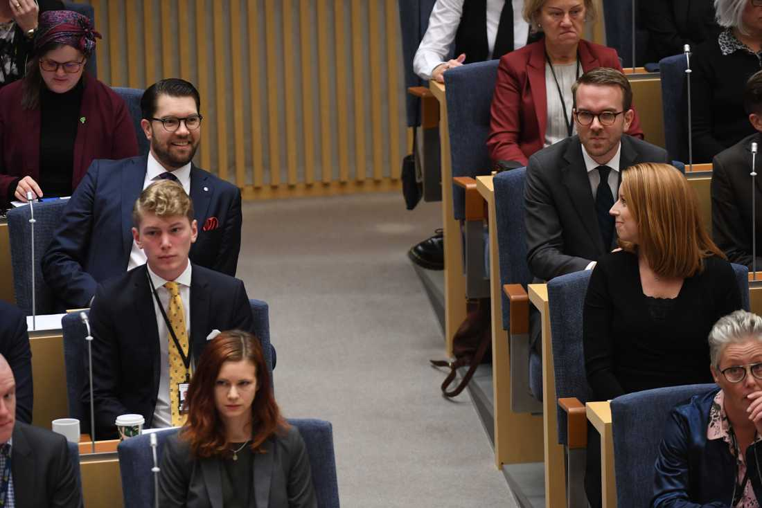 Jimmie Åkesson (sd) och Annie Lööf (c) innan förmiddagens statsministeromröstning.