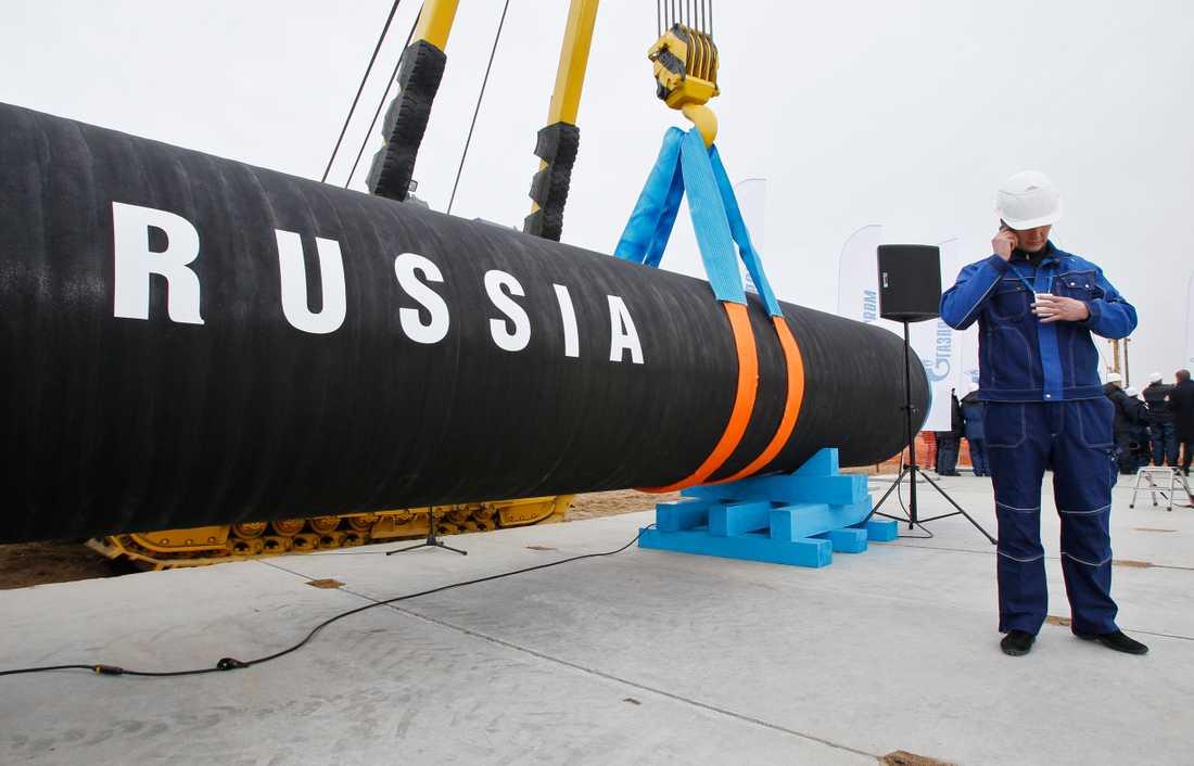 Bygget av gasledningen Nord Stream påbörjades 2010. Nu diskuteras en fortsättning av projektet med fördubblad kapacitet: Nord Stream 2.