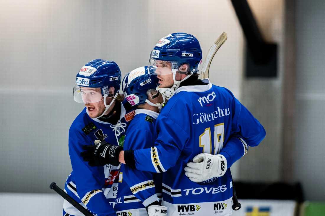 Vill Lidköping vann första semifinalen mot Bollnäs.