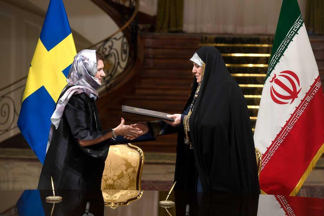 Handelsminister Ann Linde och Shahindokht Molaverdi