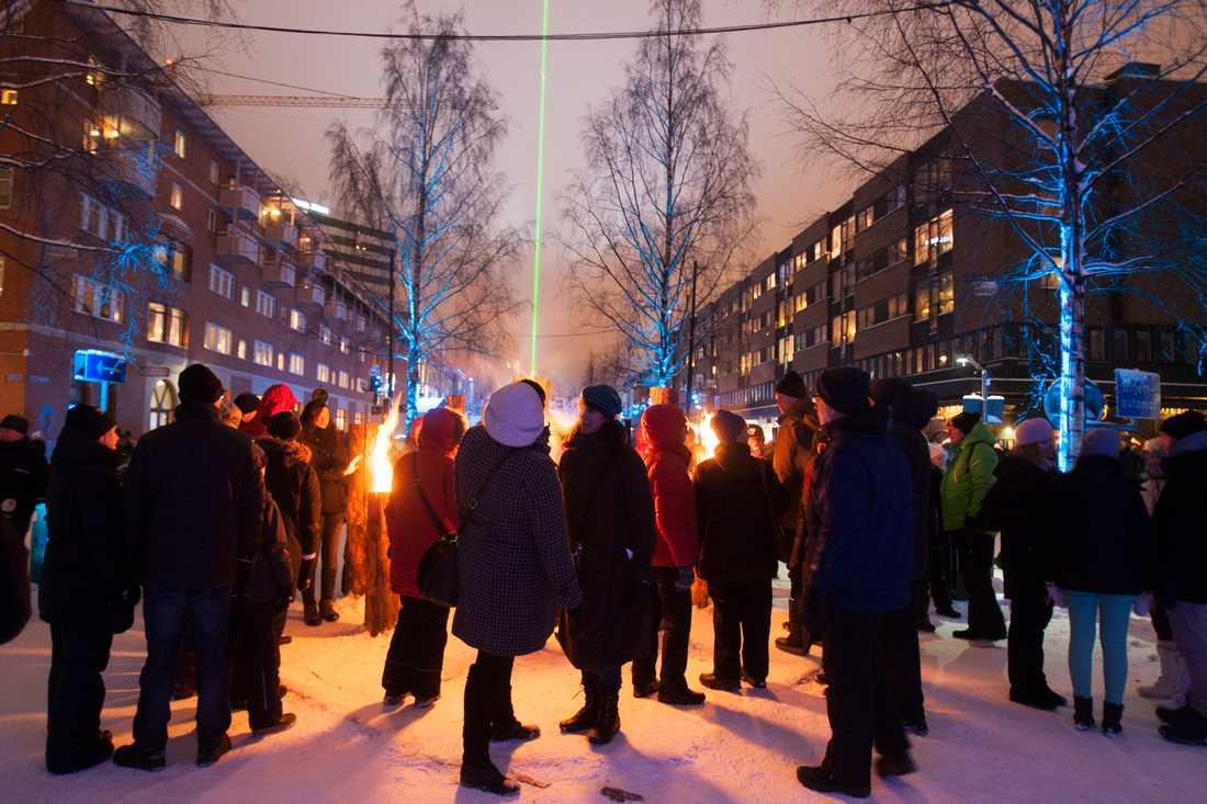 Umeå firade med laser under 2014: I samband med att kulturhuvudstadsåret Umeå 2014 invigdes bjöds det på ljusshow i centrala delen av staden. Arkivbild.